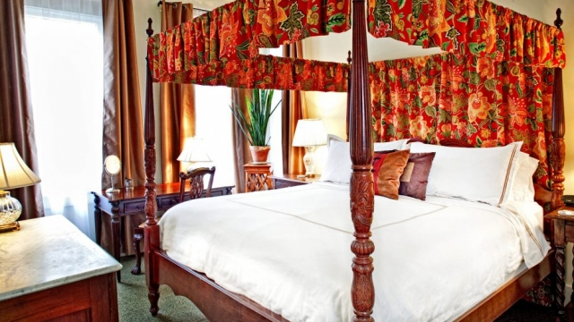 king-bed-two-bedroom-suite